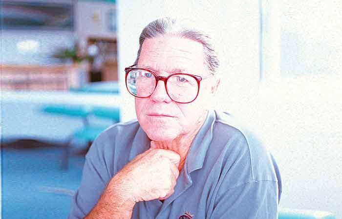 Hoyle Schweitzer